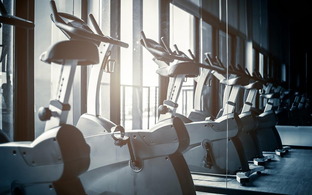 Nos conseils pour bien équiper ta salle de sport.