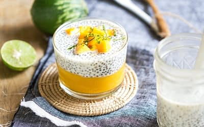Chia pudding léger au lait de coco, citron et mangue